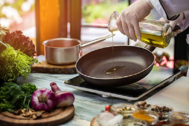 Is it bad for your health to eat food fried in olive oil?